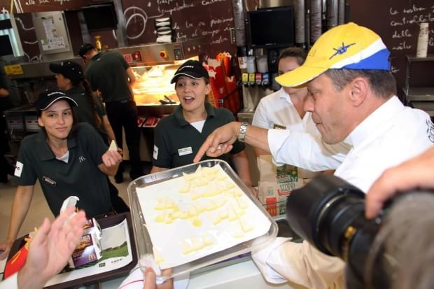 chef slow food invadono mcdonalds