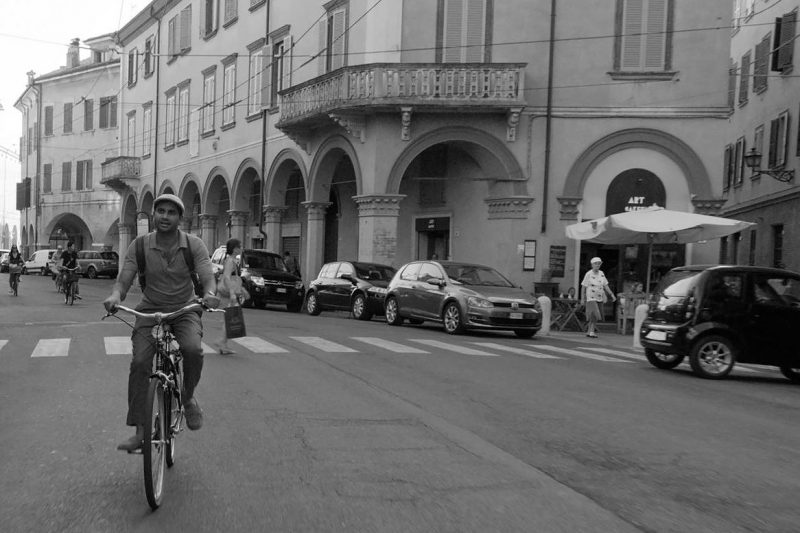 master of none modena bici