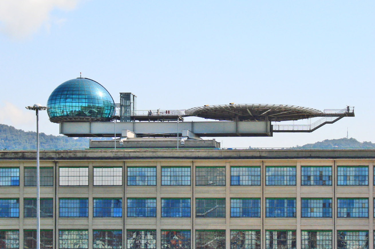 Di Jean-Pierre Dalbéra from Paris, France - L'héliport du Lingotto (Turin), CC BY 2.0, https://commons.wikimedia.org/w/index.php?curid=24673221
