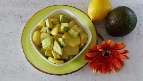 insalata di patate e avocado alla messicana ingredienti