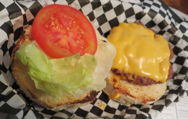 tizzy_ milano cheese burgher hamburgheria